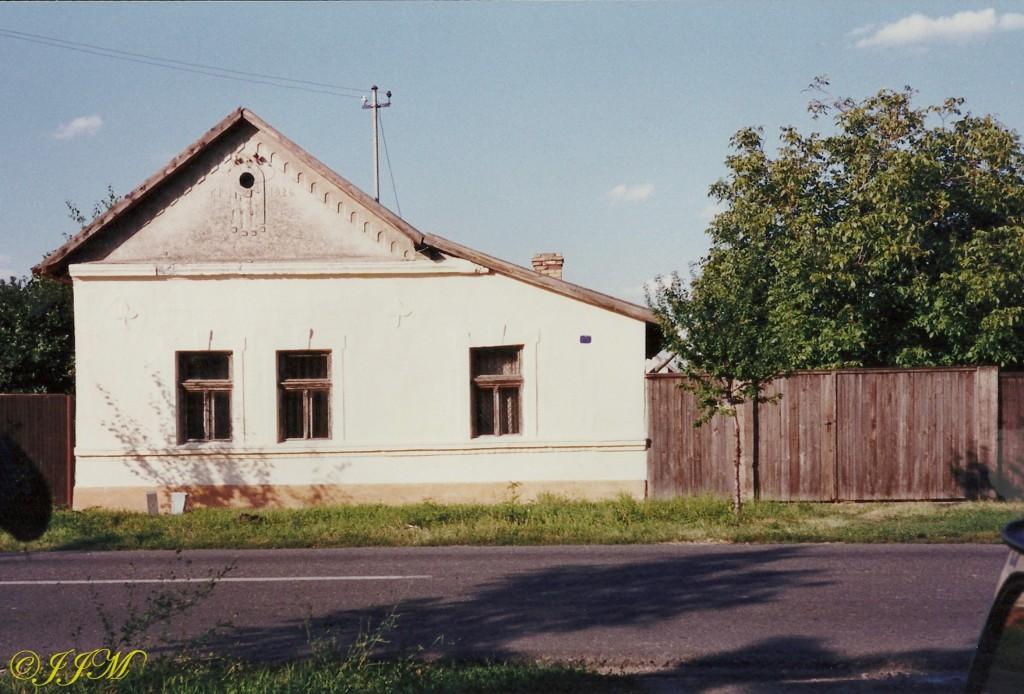 Kuca2003
